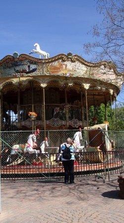 Italian carousel at Casa de Fruta