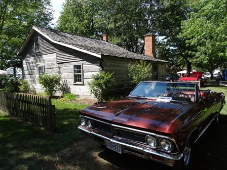 Cars and cabin (2)RS