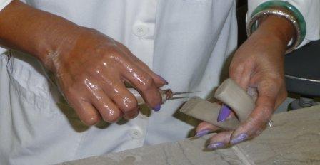 I Hanh Mumford is the mug handle specialist (6)