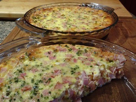 Crustless Cheese and Ham Quiche