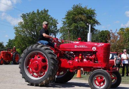 Tractors (8)RS